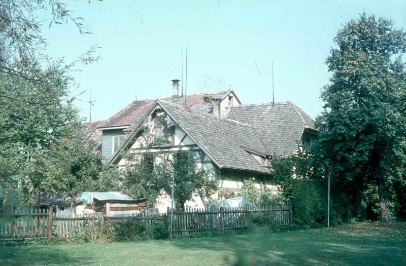 71 07 Pfarrgarten und St-Johann-Strasse 19